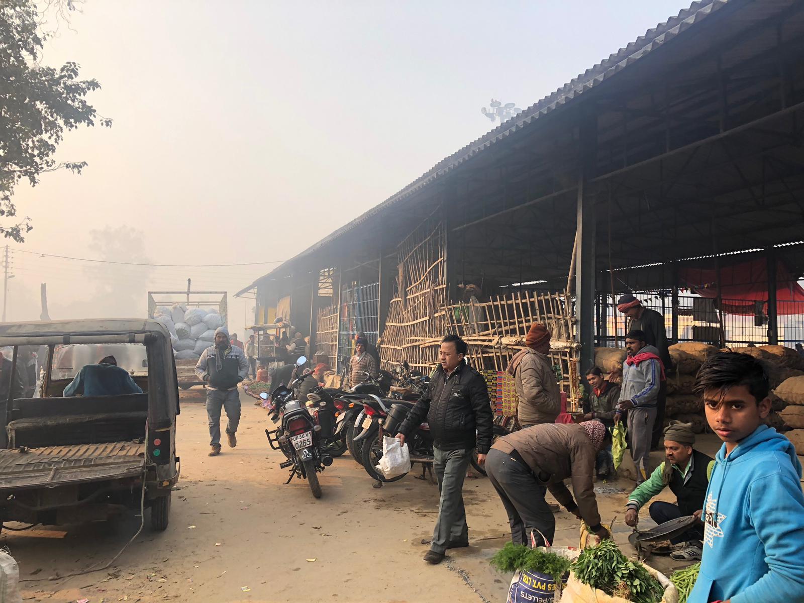 At the market in Pharenda