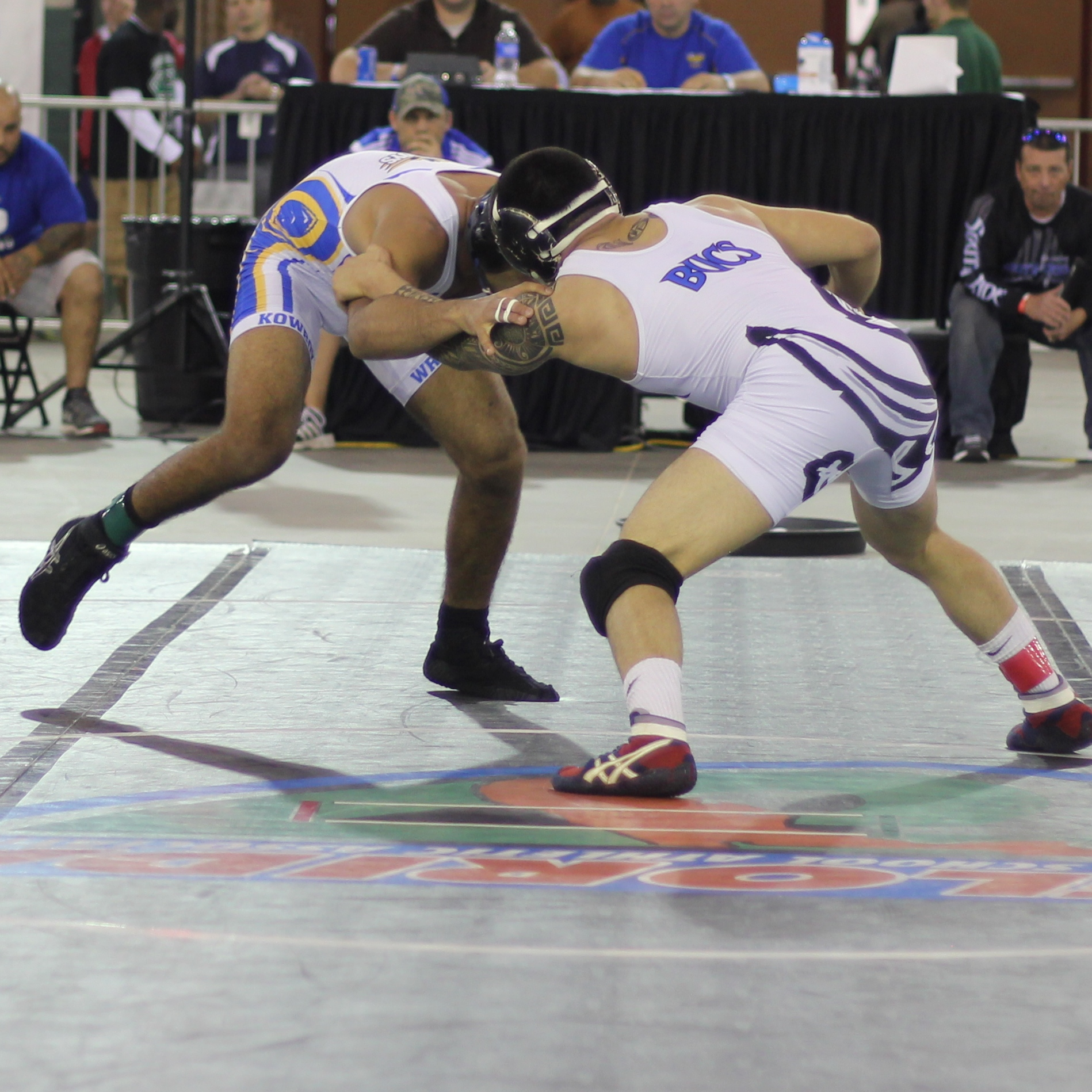 Lugo downed Bonilla 16-4 to win the 2015 3A 152 lb. title