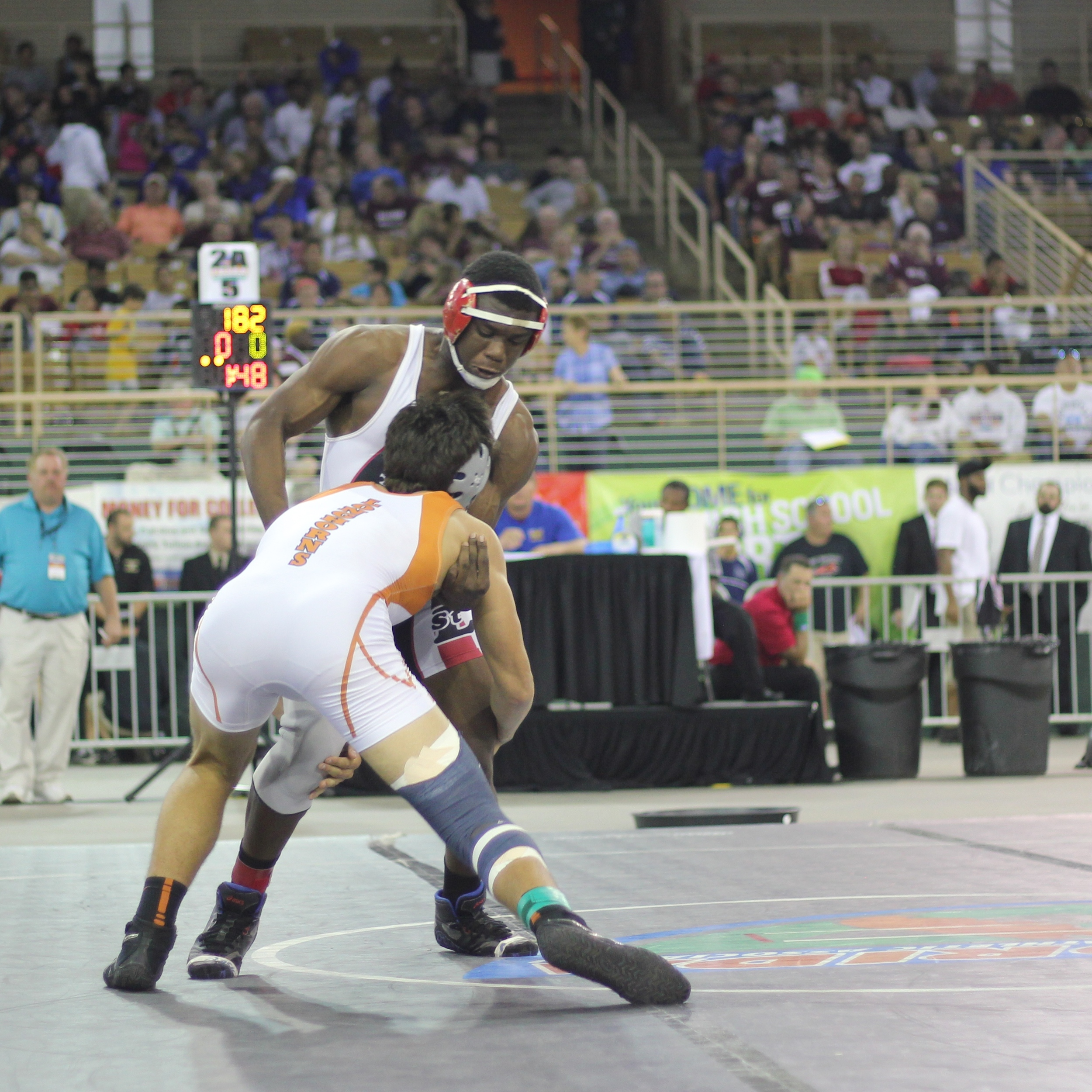 Root pinned Cadet to win the 2015 2A 182 lb.title