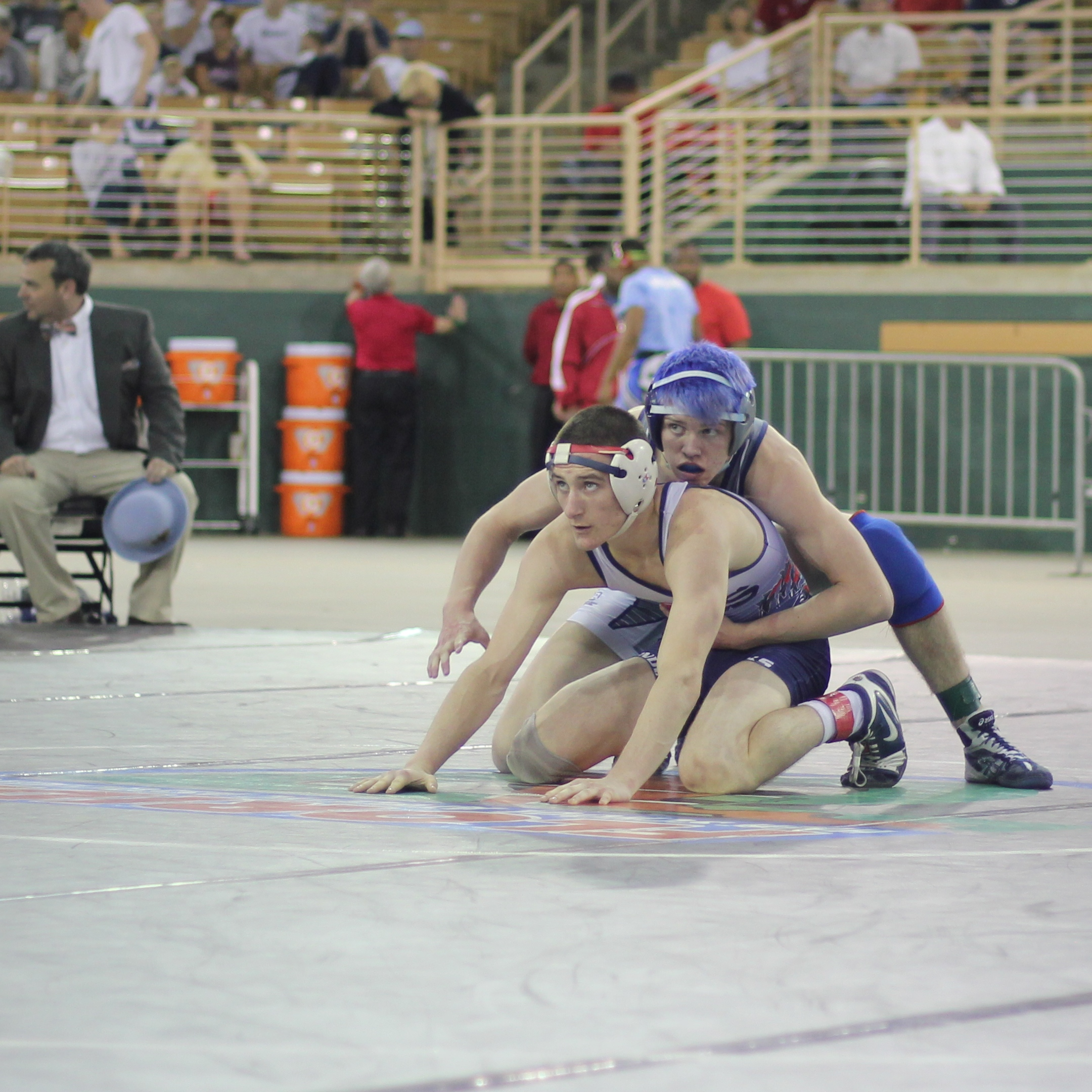 Carlan beat Dugmore 2-1 to win the 2015 1A 132 lb.title