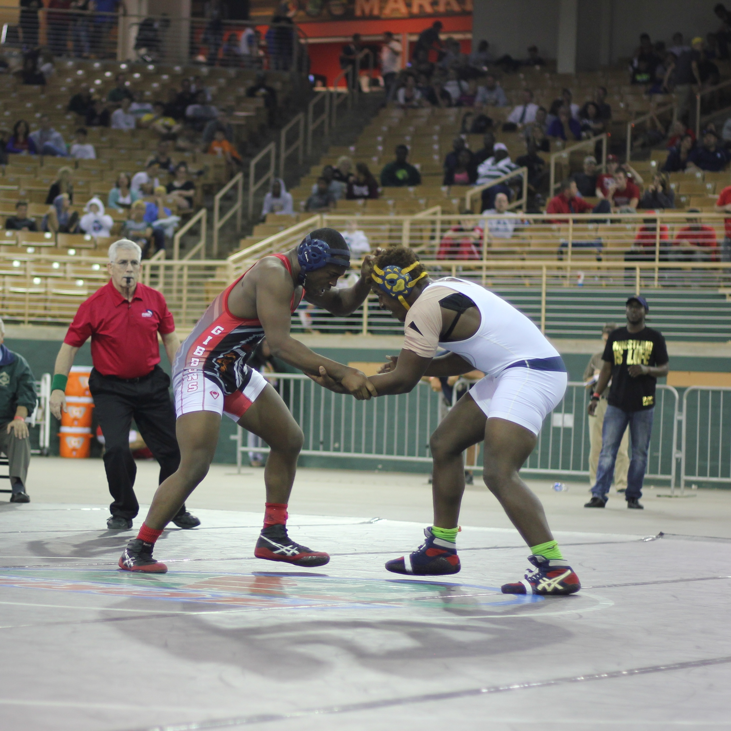 Thomas downed Bell 8-5 to win the 2015 1A 195 lb.title