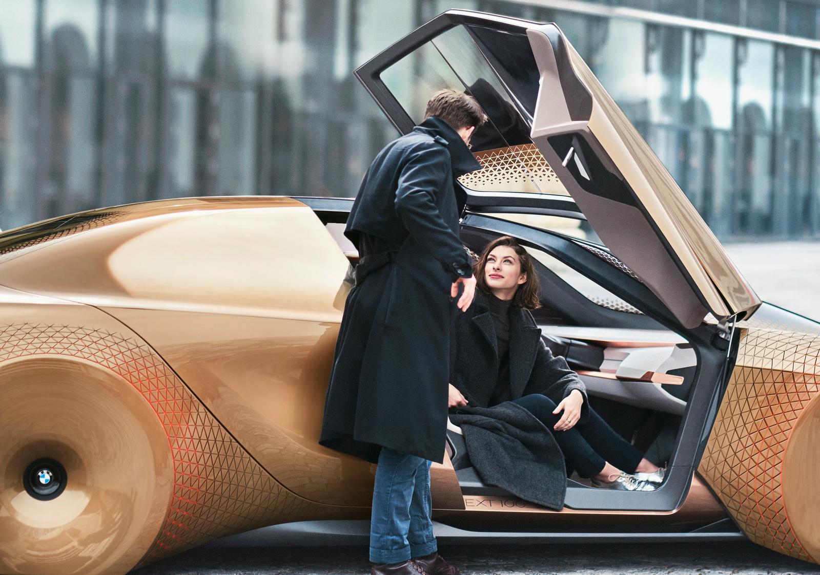 2016-BMWVision100-04.jpg