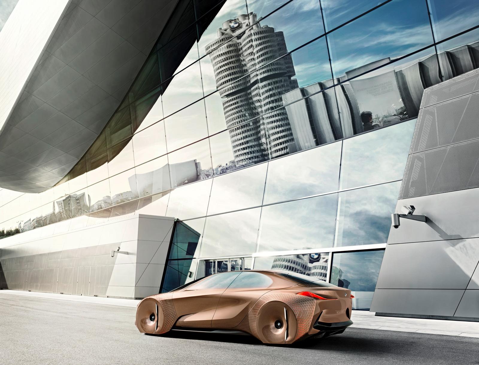 2016-BMWVision100-14.jpg