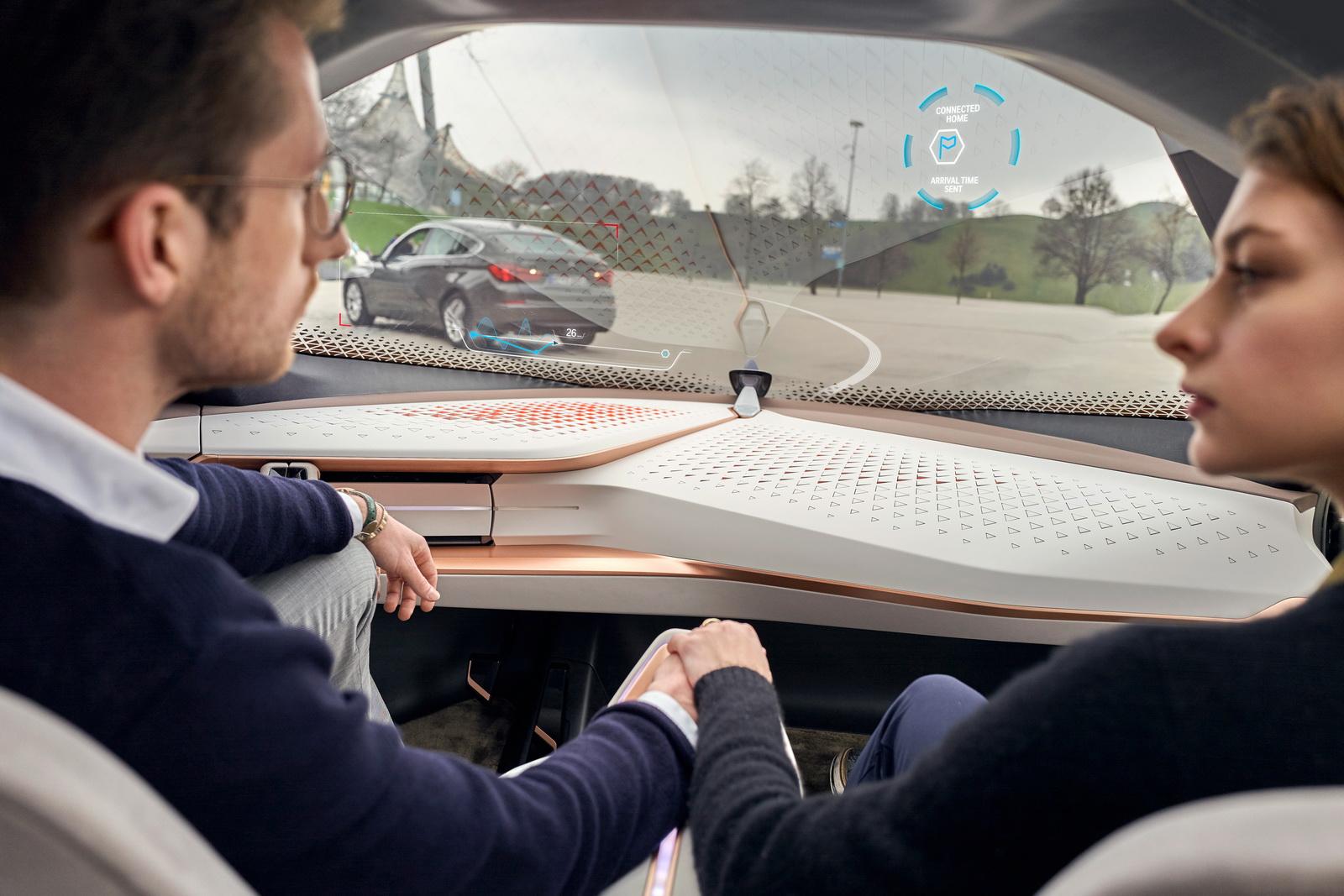 2016-BMWVision100-19.jpg