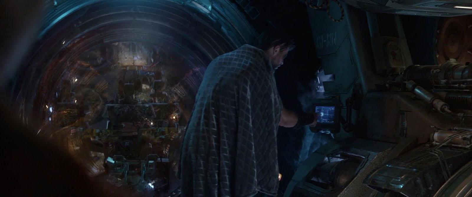 Avengers_IW_Screens_TerritoryStudio_005.jpg