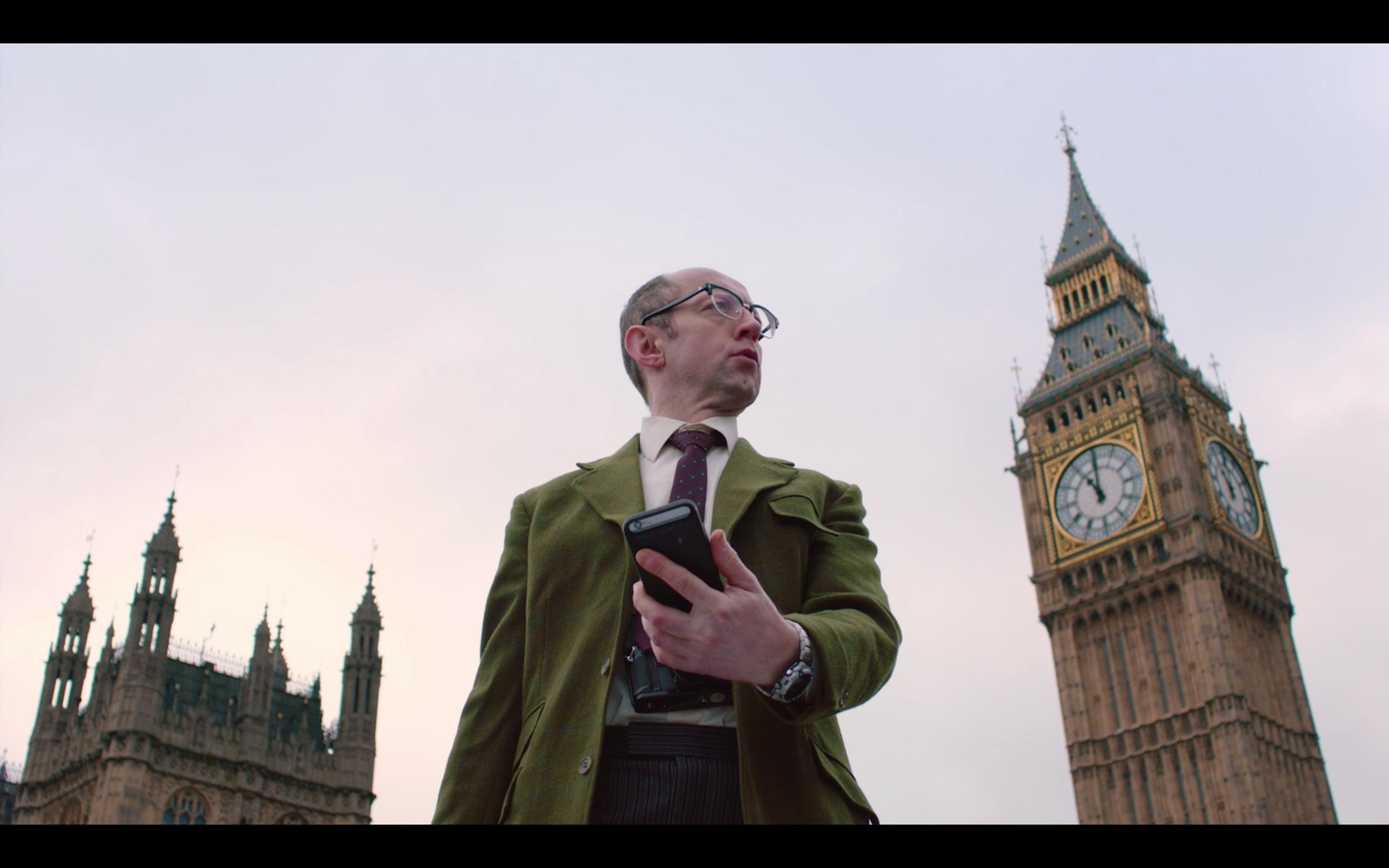 EE - Lost in London