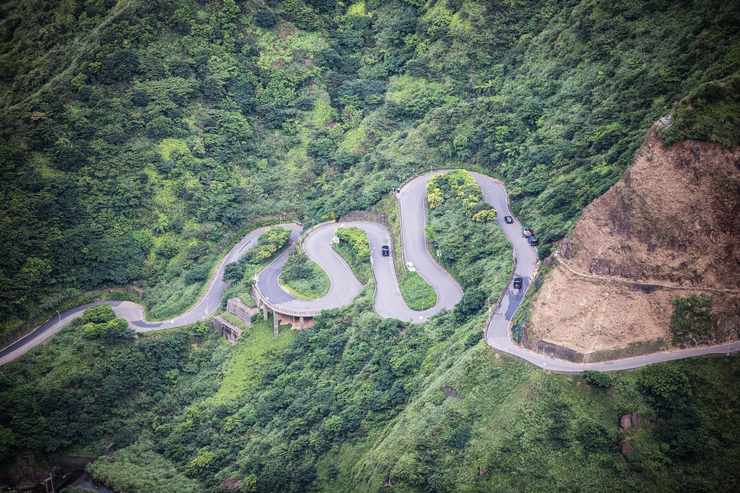 The mountain road that takes you from Jiufen to the North East coast.