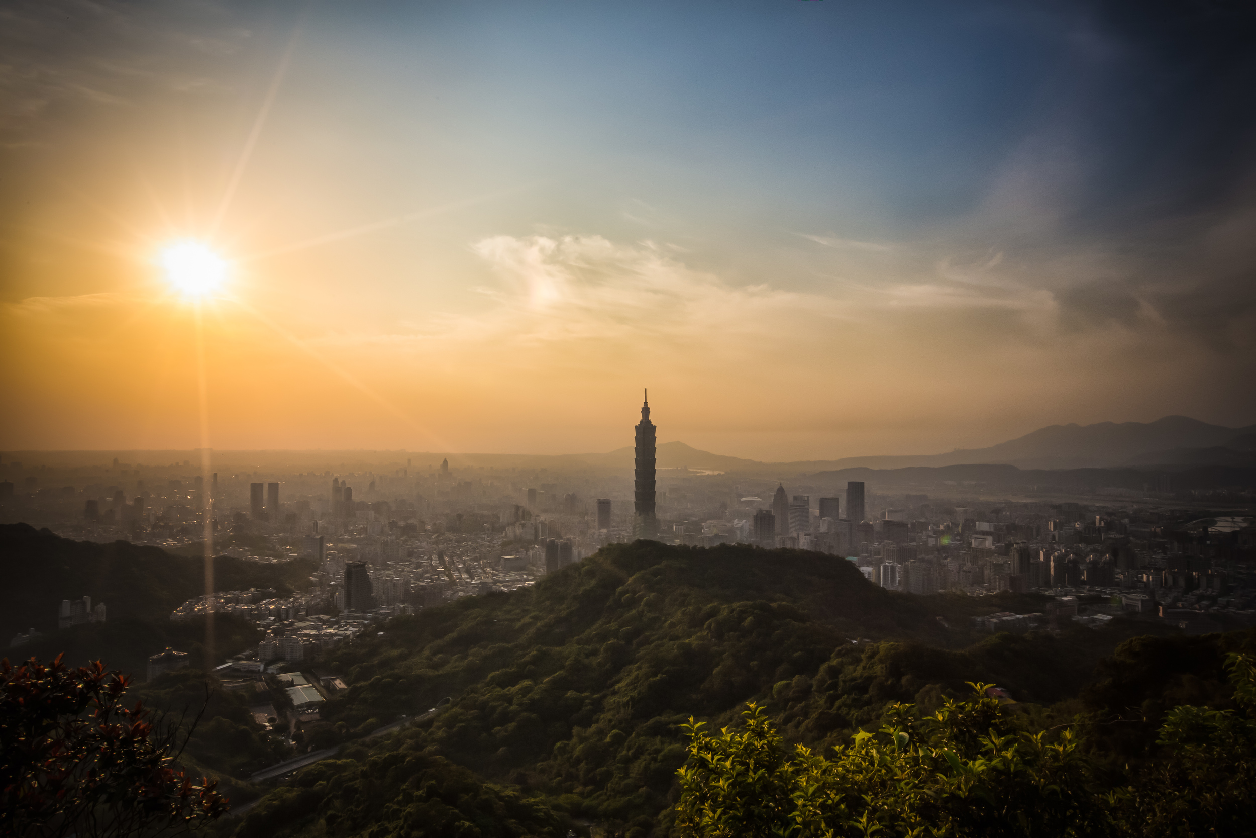 Sunset from Thumb Mountain (拇指山)