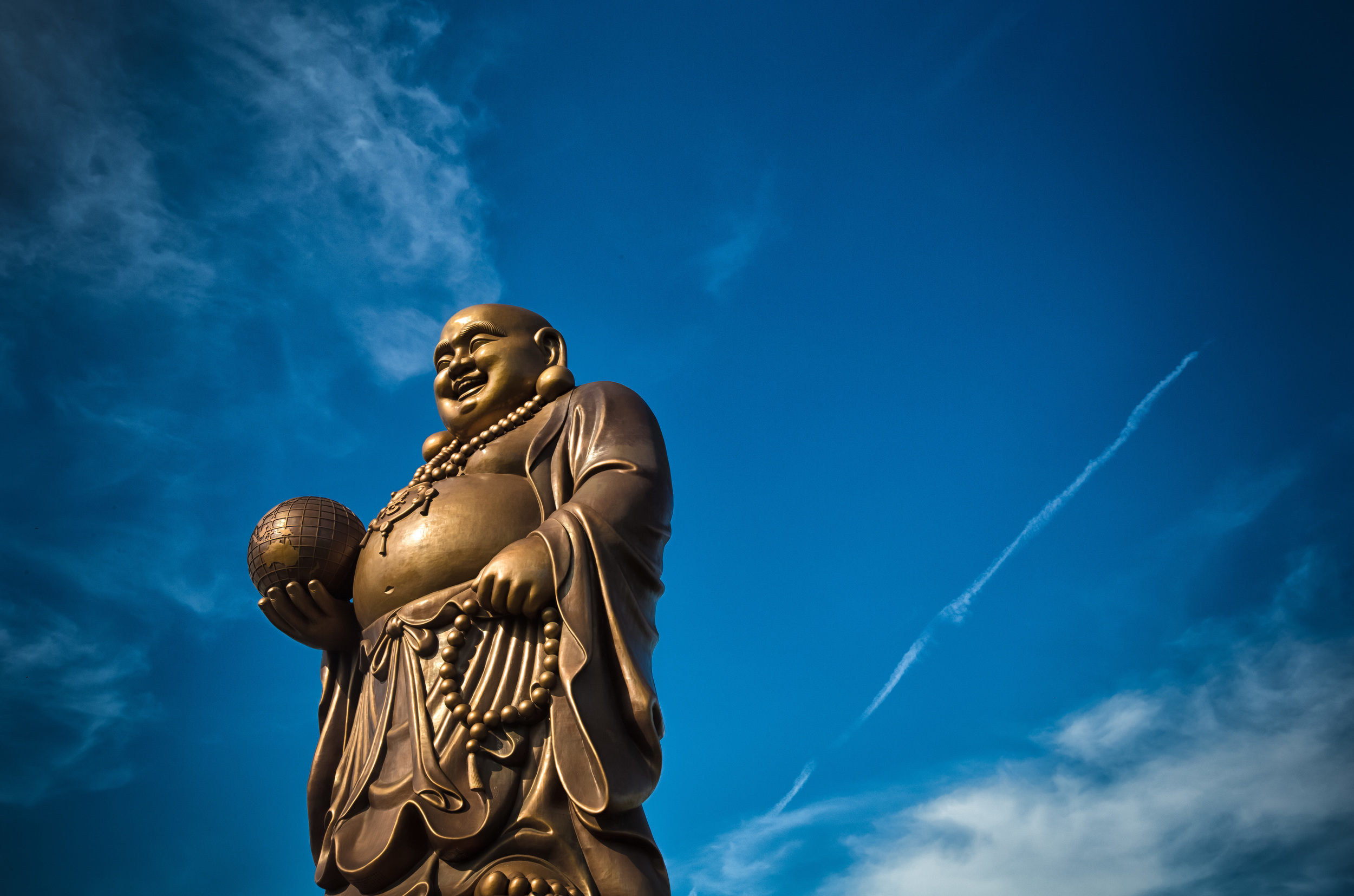 75m tall bronze statue of the Medicine Buddha
