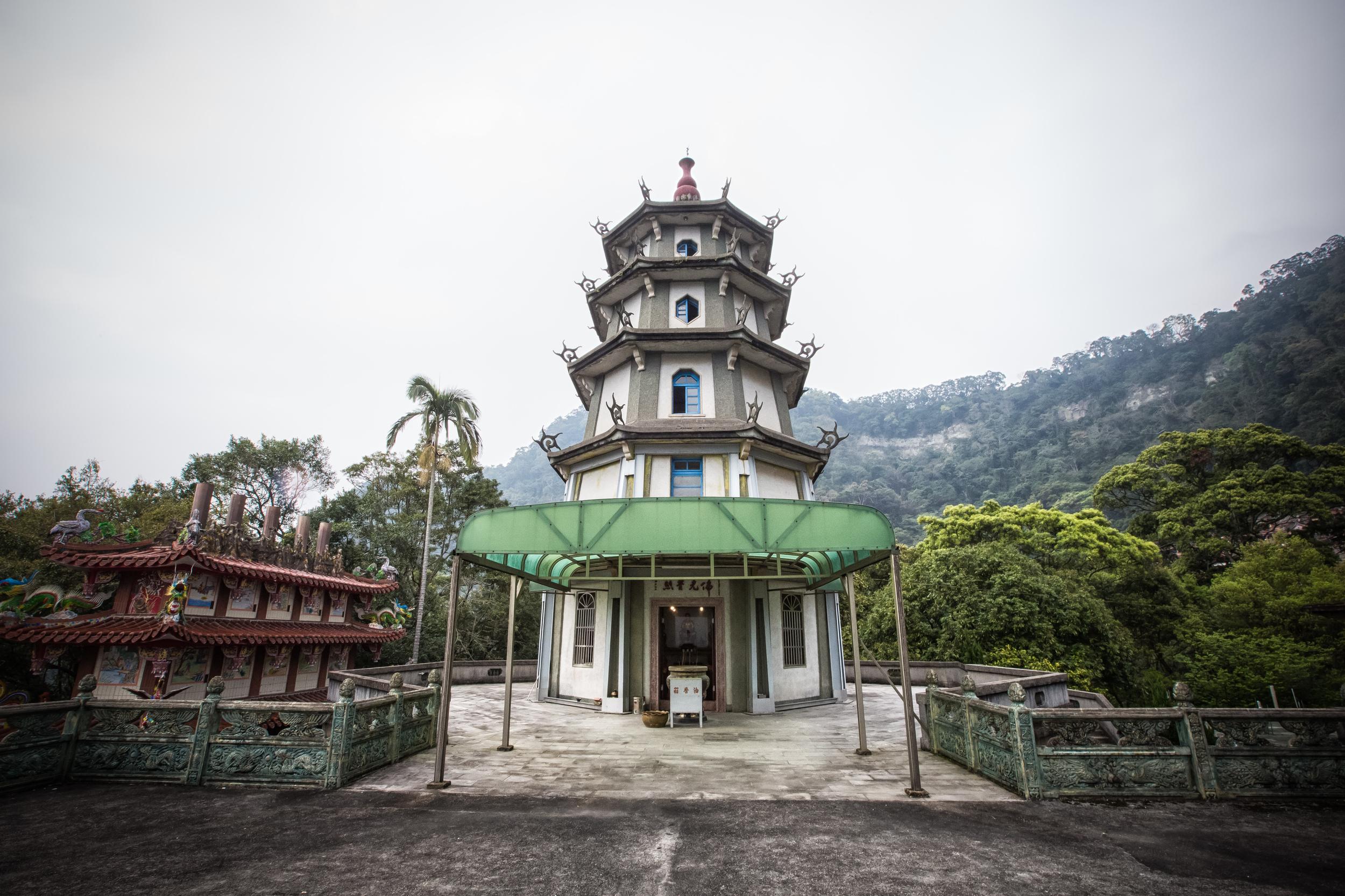 Quan Hua Temple Pagoda (勸化堂寶塔)