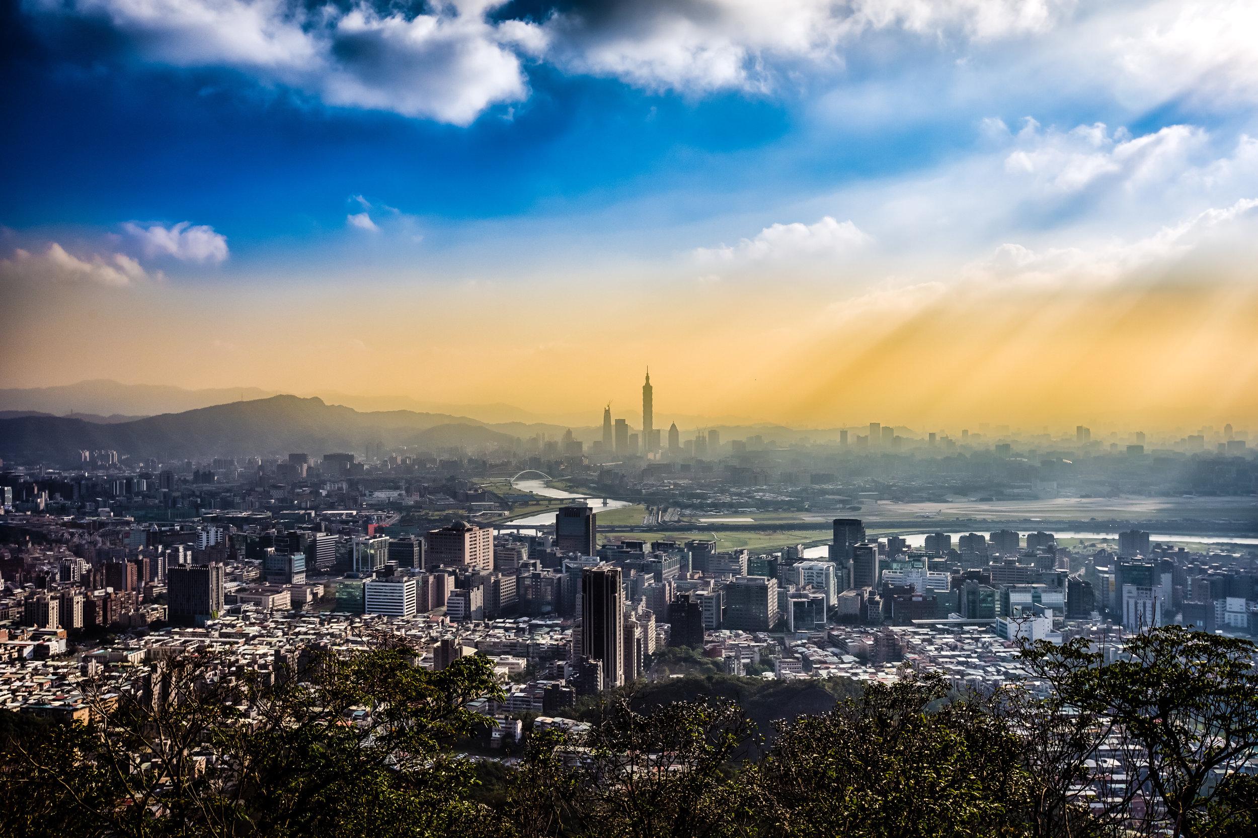 The sun setting on Taipei City