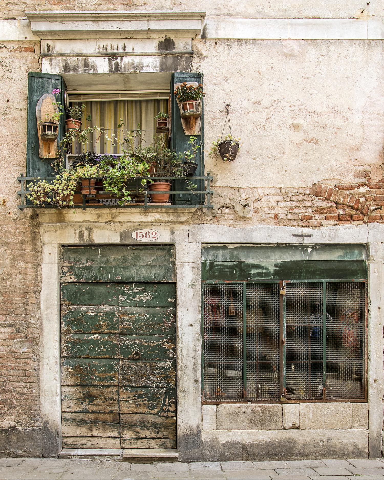una porta e due finestre-7844.jpg