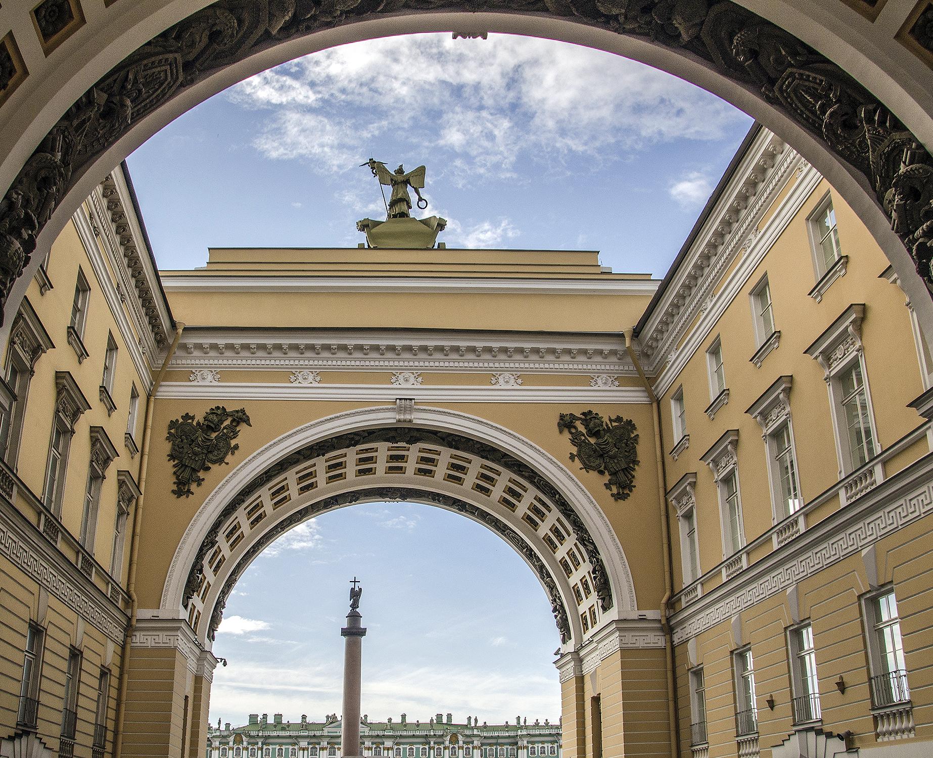 Bolshaya Morskaya ulitsa-S. Pietroburgo-8477.jpg