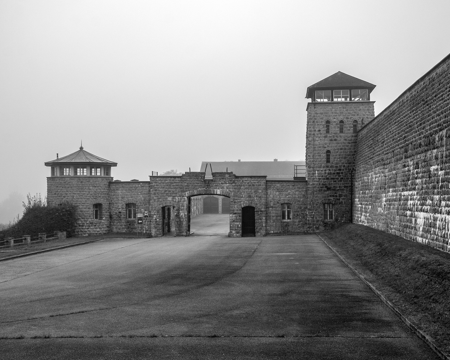 ingresso campo di concentramento Mauthausen-7874.jpg