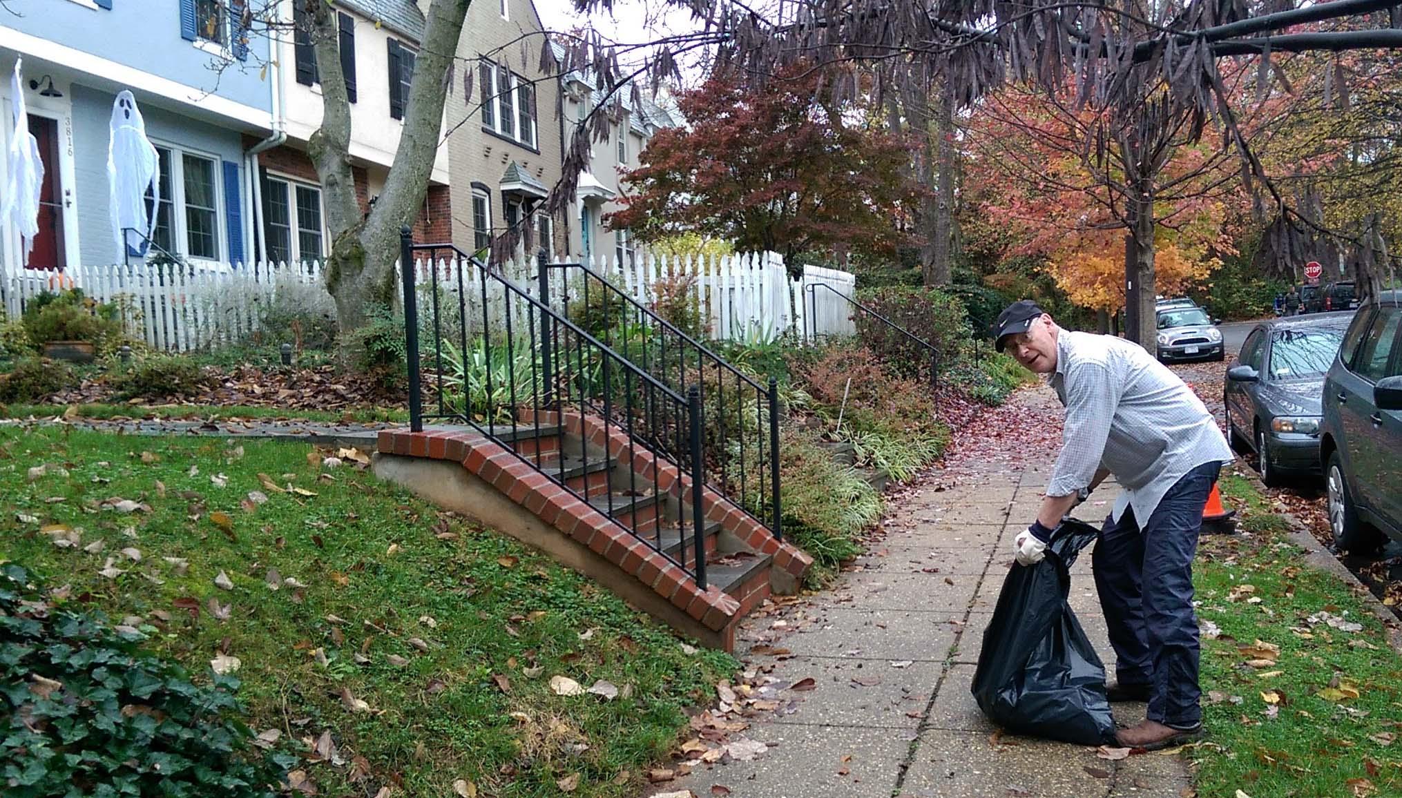 david bachner picks up around his t street house.
