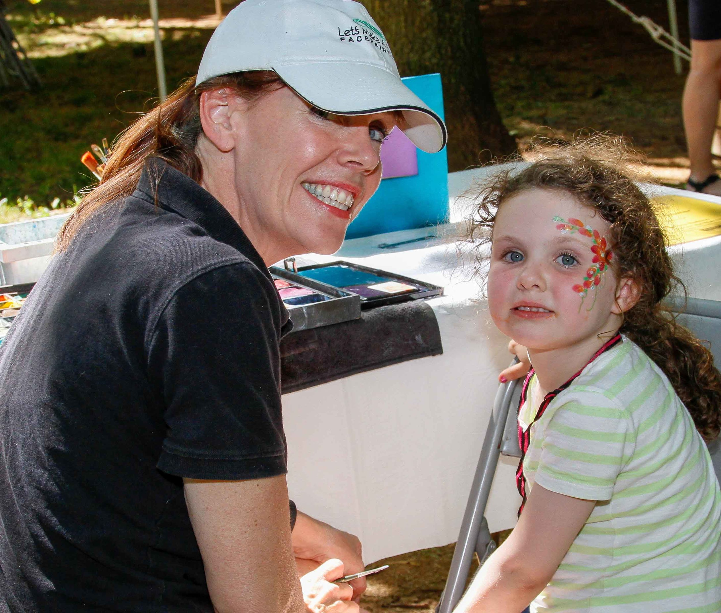 2016-Picnic-Facepainting_5470-small.jpg