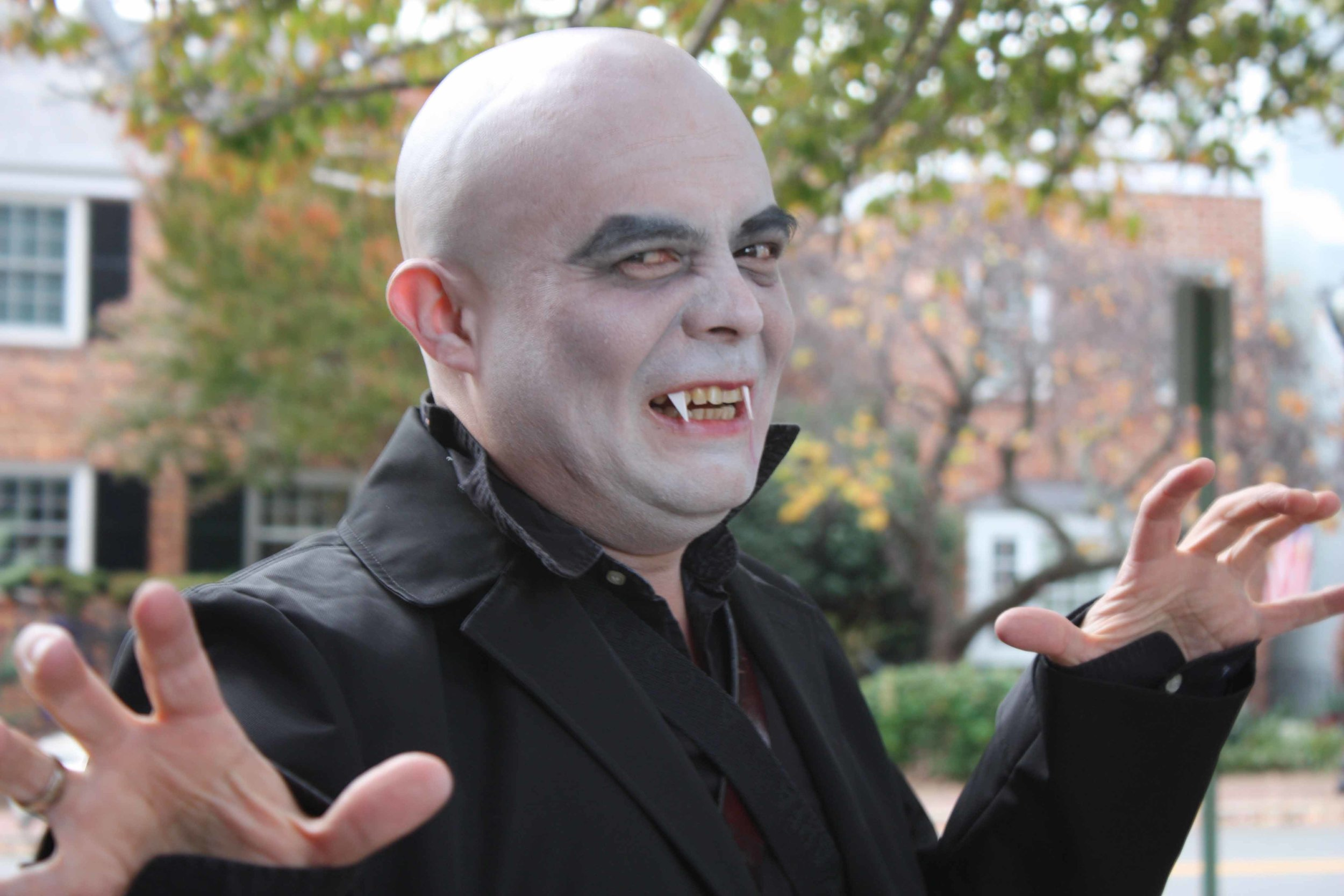2016.10-Halloween-Dracula.JPG