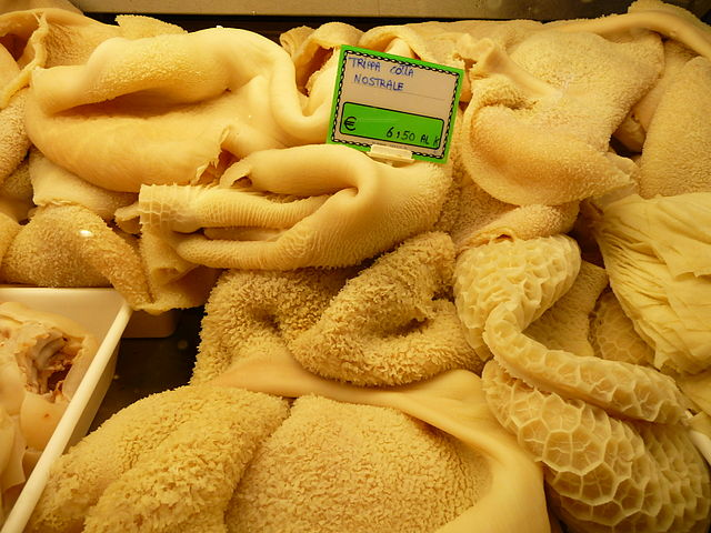 Tripe on sale at a Florence market. Photo by Warburg.