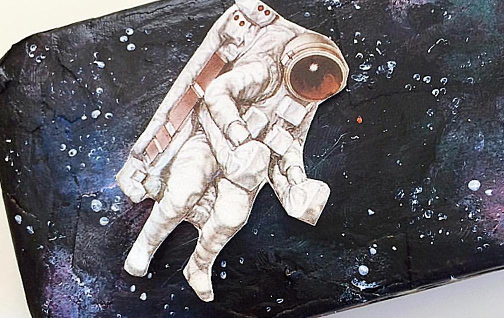 Ground Control to Major Dawn