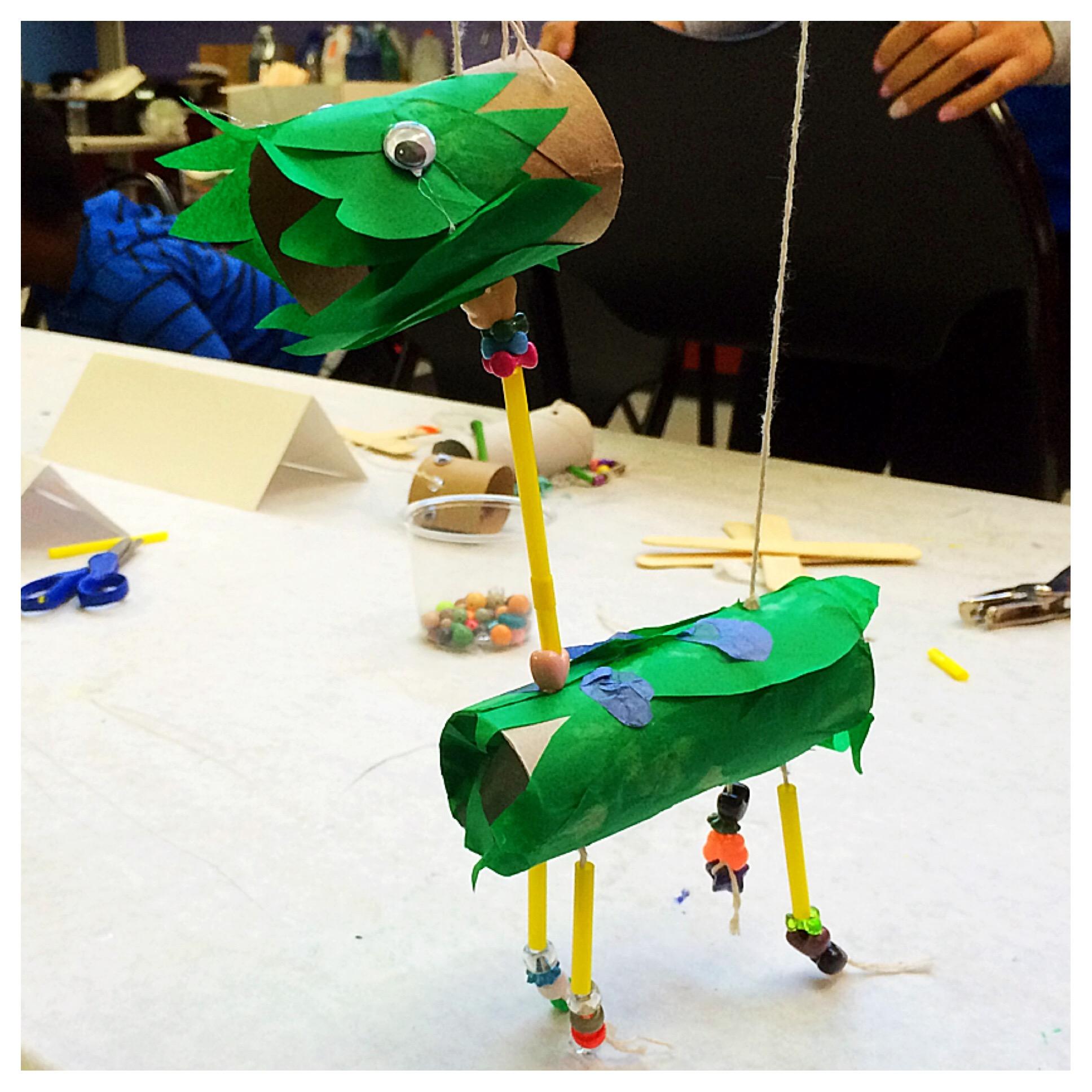 Cardboard tube bird marionette!