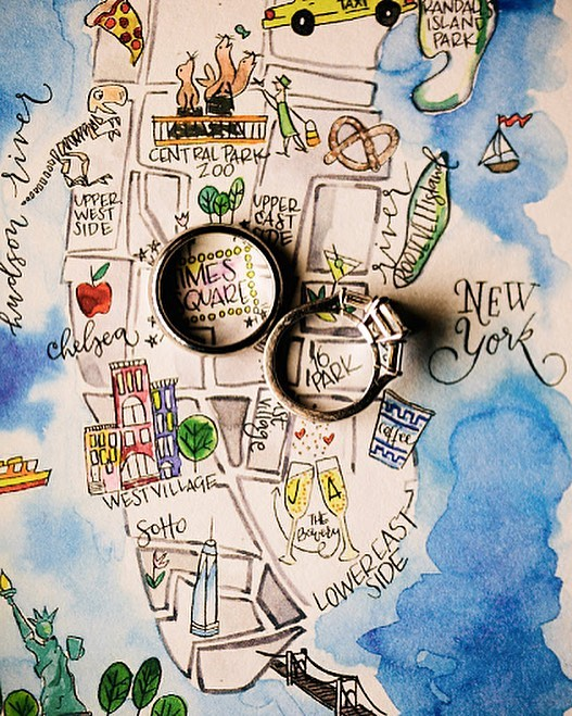 When the bride is an insanely talented illustrator, you naturally get the cutest wedding map ever! @jillianvandall 🙌 Photo: @chazcruz