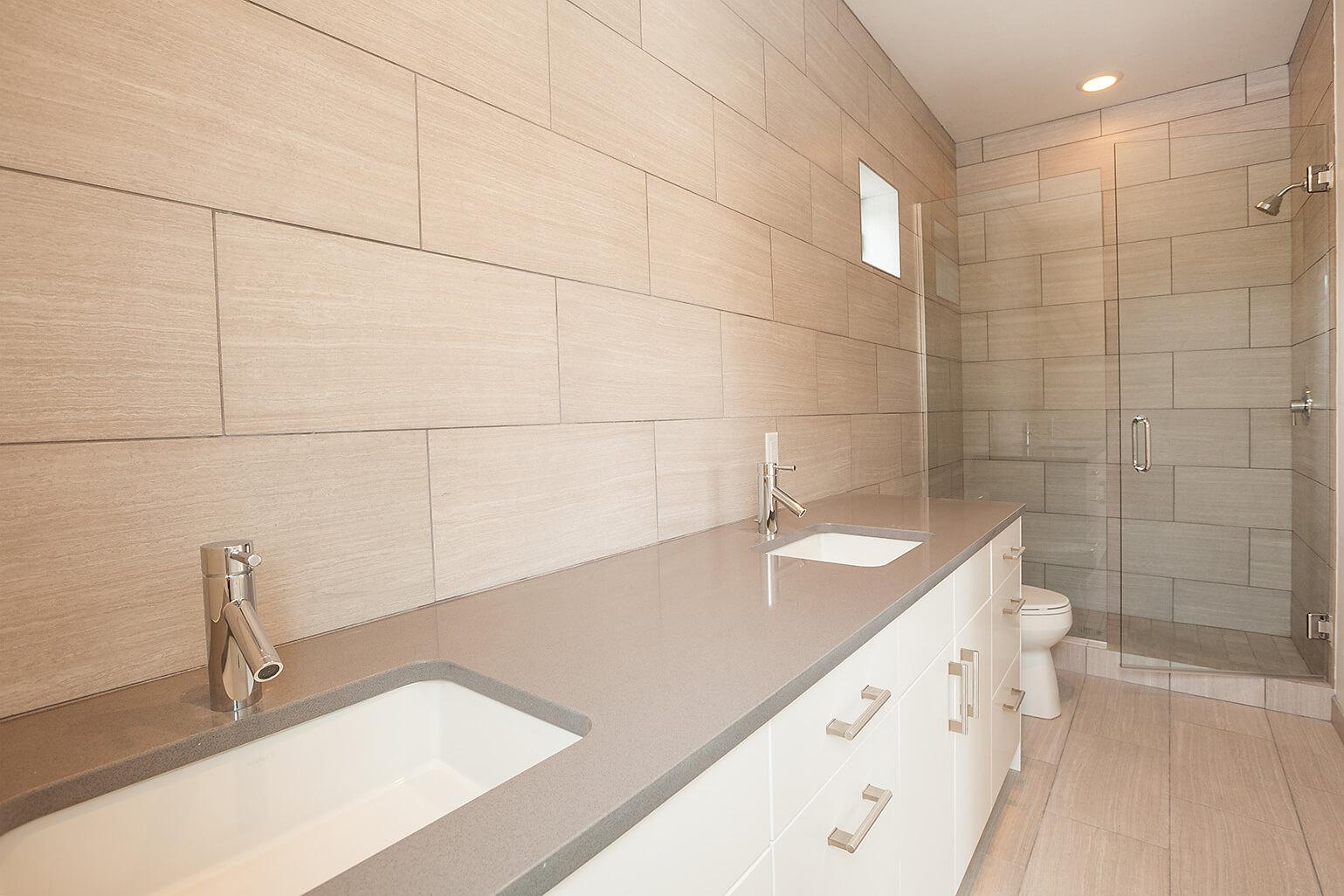 016-Master Bath.jpg