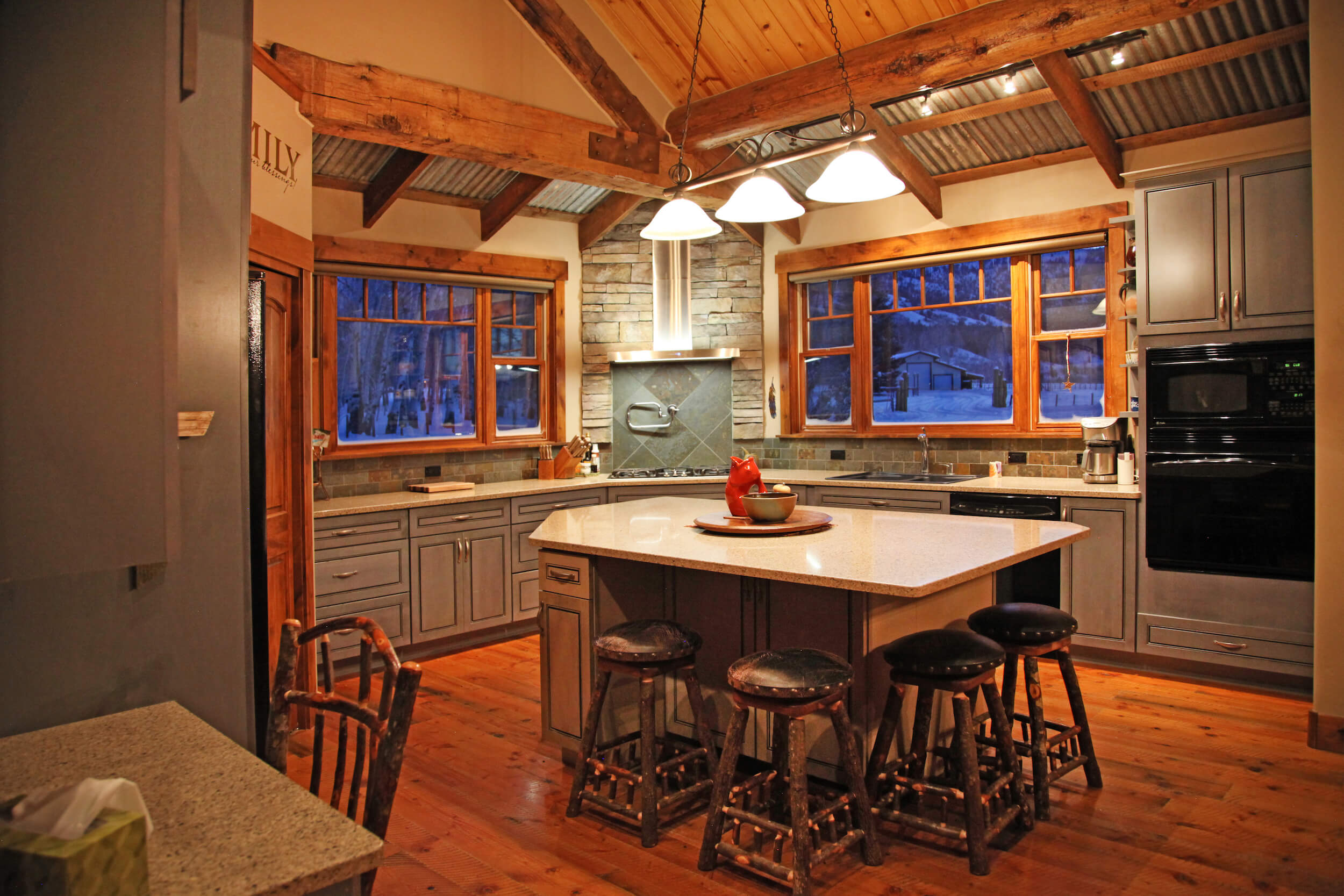 lakehouse_kitchen_close_up.jpg