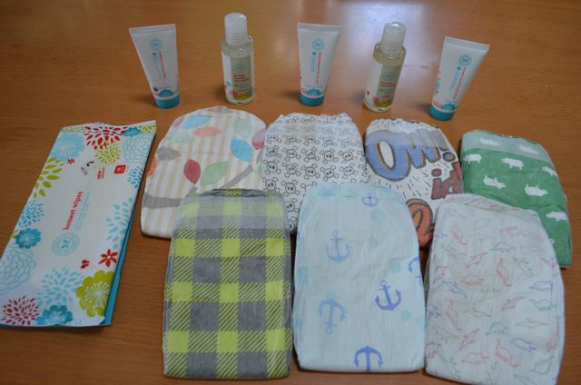 Honest Company Review Sample Box Diapers and Wipes