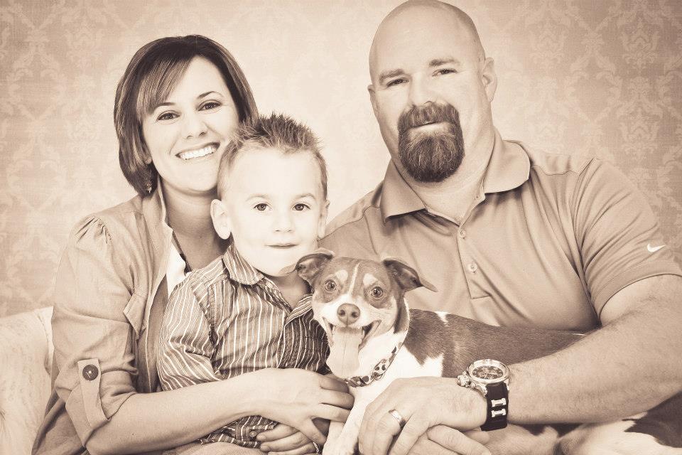 Former preemie everett with family
