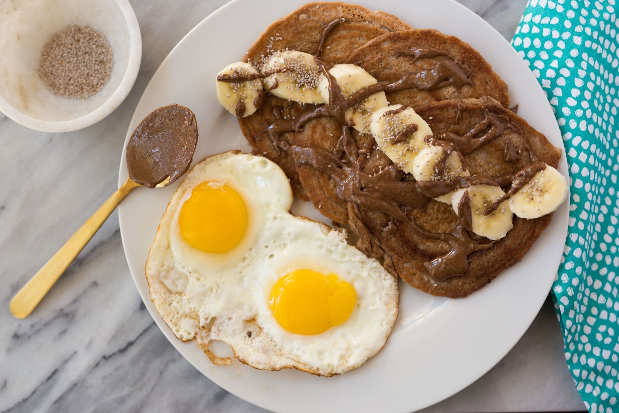 chocolateproteinpancakes.jpg
