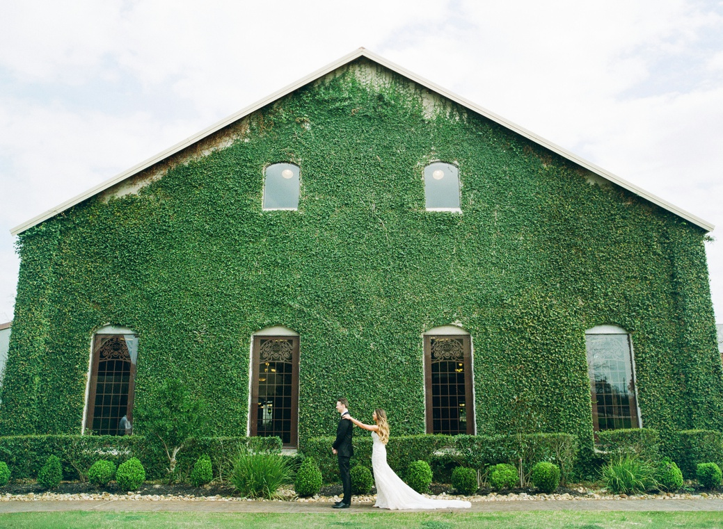 Olde-Dobbin-Station-Wedding-Photographer