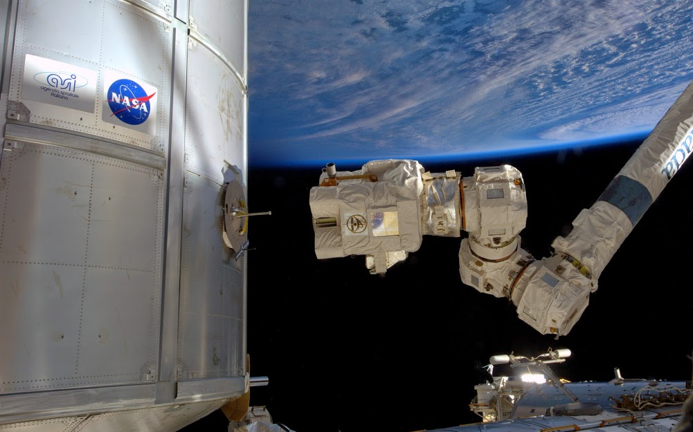 Canadarm2 during a capture practice session focusing on backup systems. Click through for more details.
