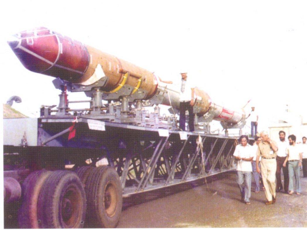 SLV on its transporter