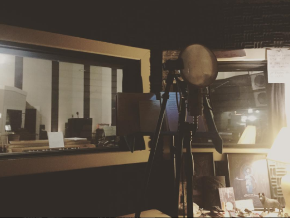 VOCAL-BOOTH1.png