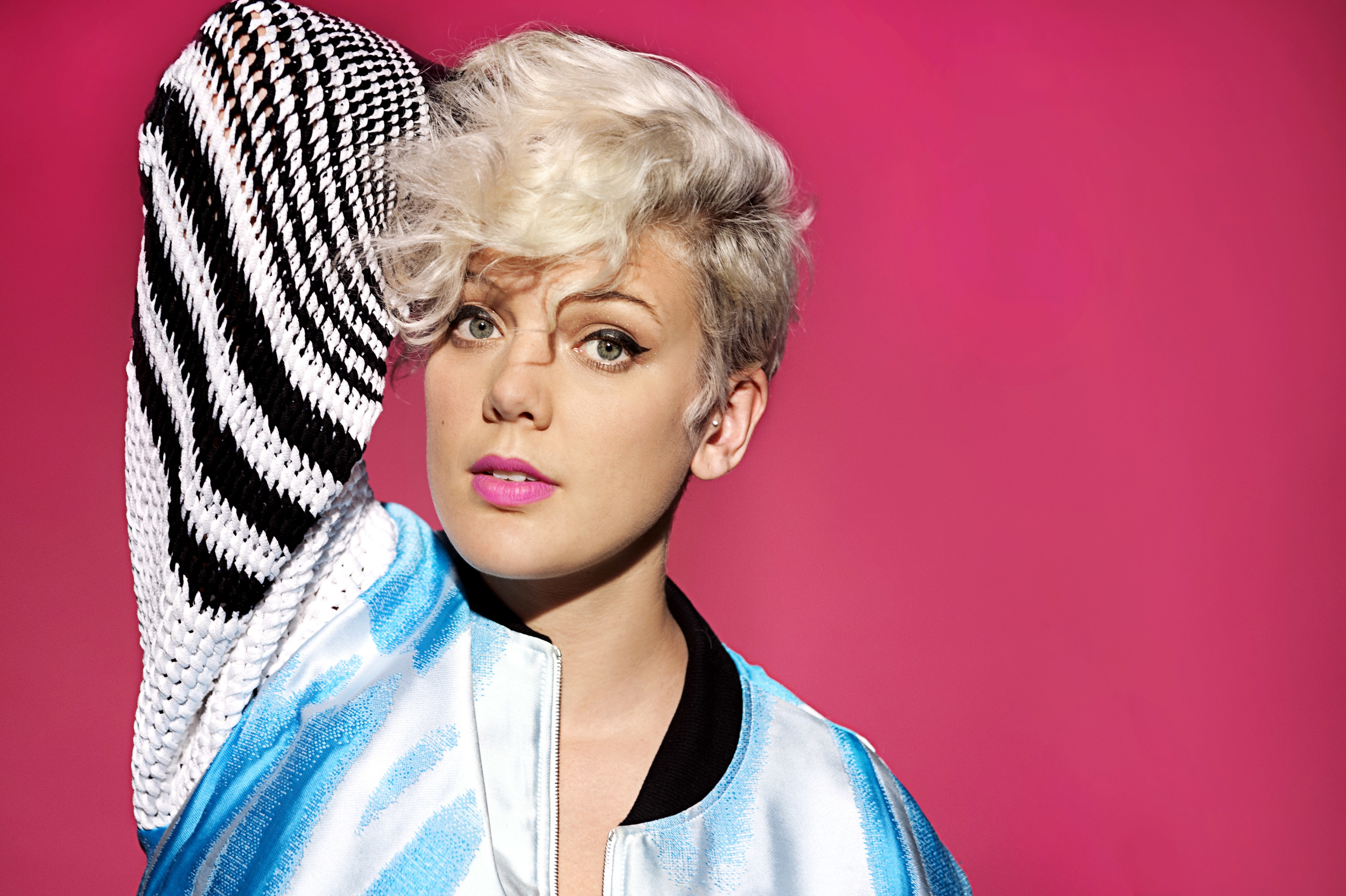 BettyWho_Portraits_092614_030.jpg