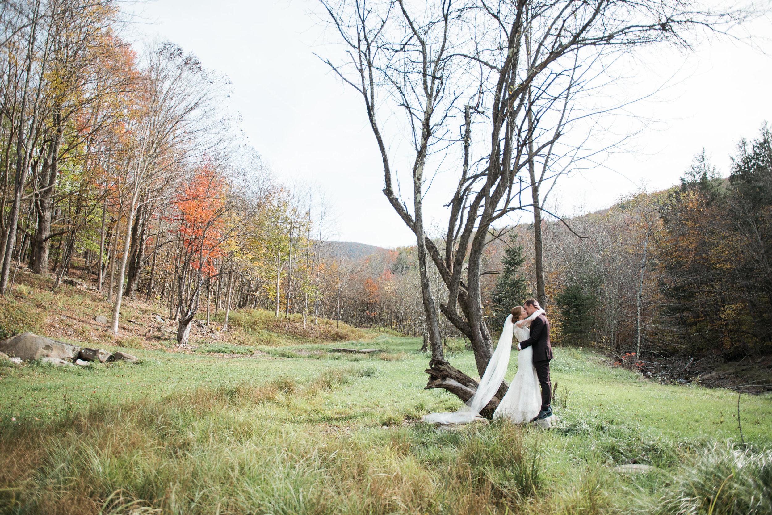 erin + Chris - Full Moon Resort // Catskills NY