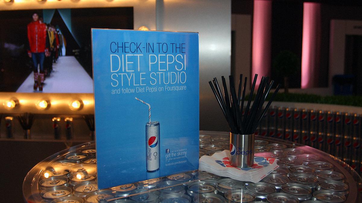 Eye-Def-Media-Event-Diet-Pepsi-Fashion-Week-Style-Studio-Print-Table-Tent