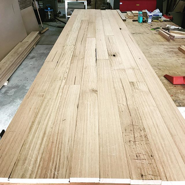 Keep an eye on my stories this week as this 20 seater conference table comes together. The timber is recycled Mountain Ash which has the loveliest balance between character and 'newness'. Now I need to start planning how I'm going to get it to the 9th floor of the high rise building 🤔