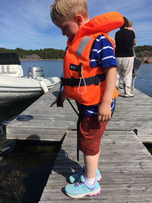 Dock-side = life vest!