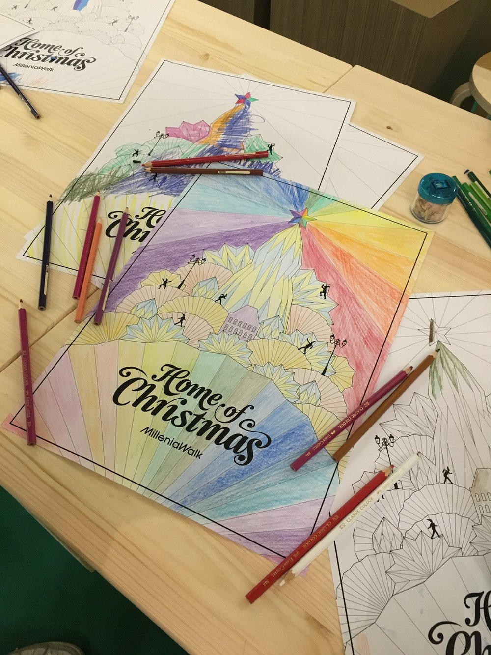 outeredit-millenia-walk-home-of-christmas-27-colouring