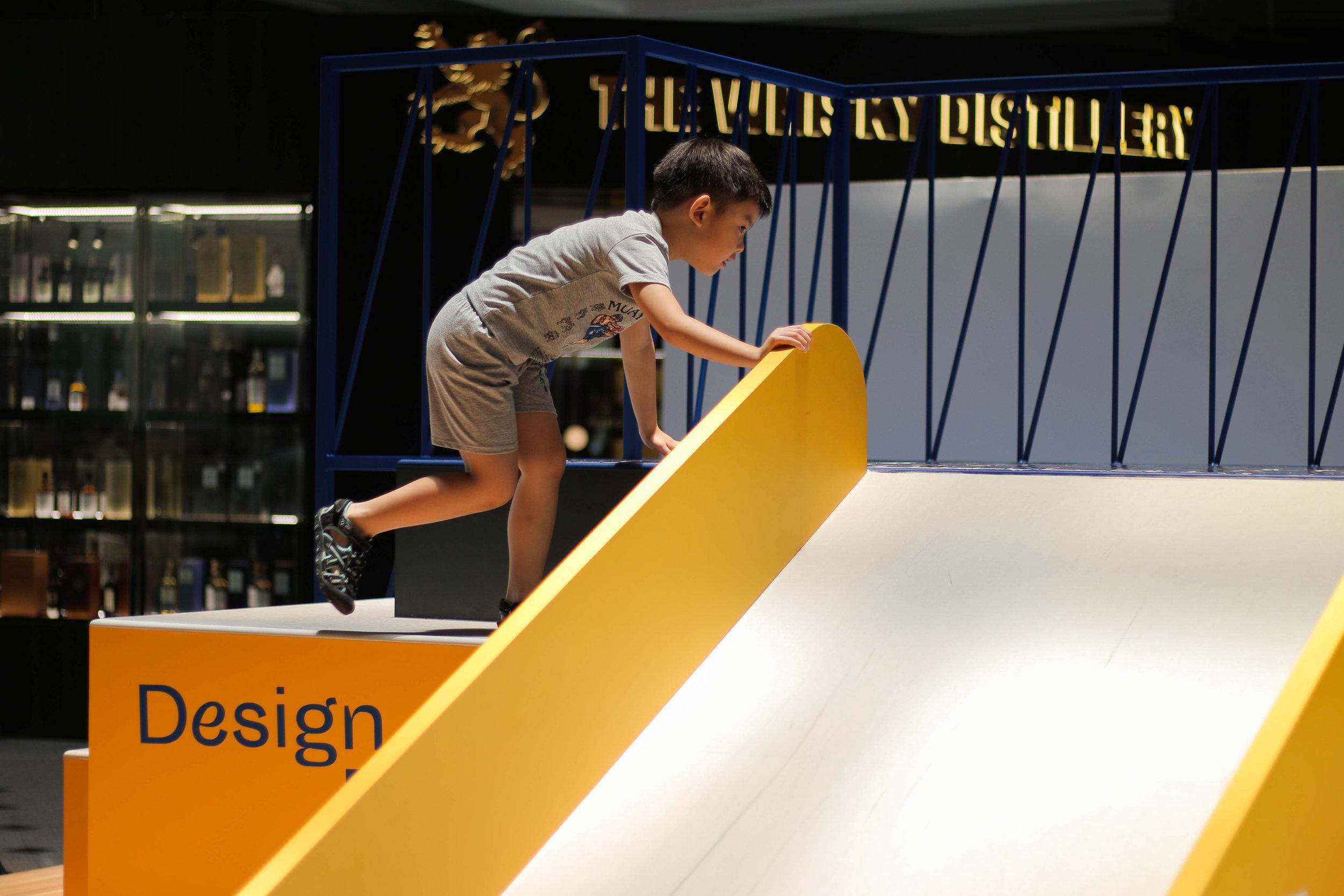 outeredit - millenia walk design play space - climb