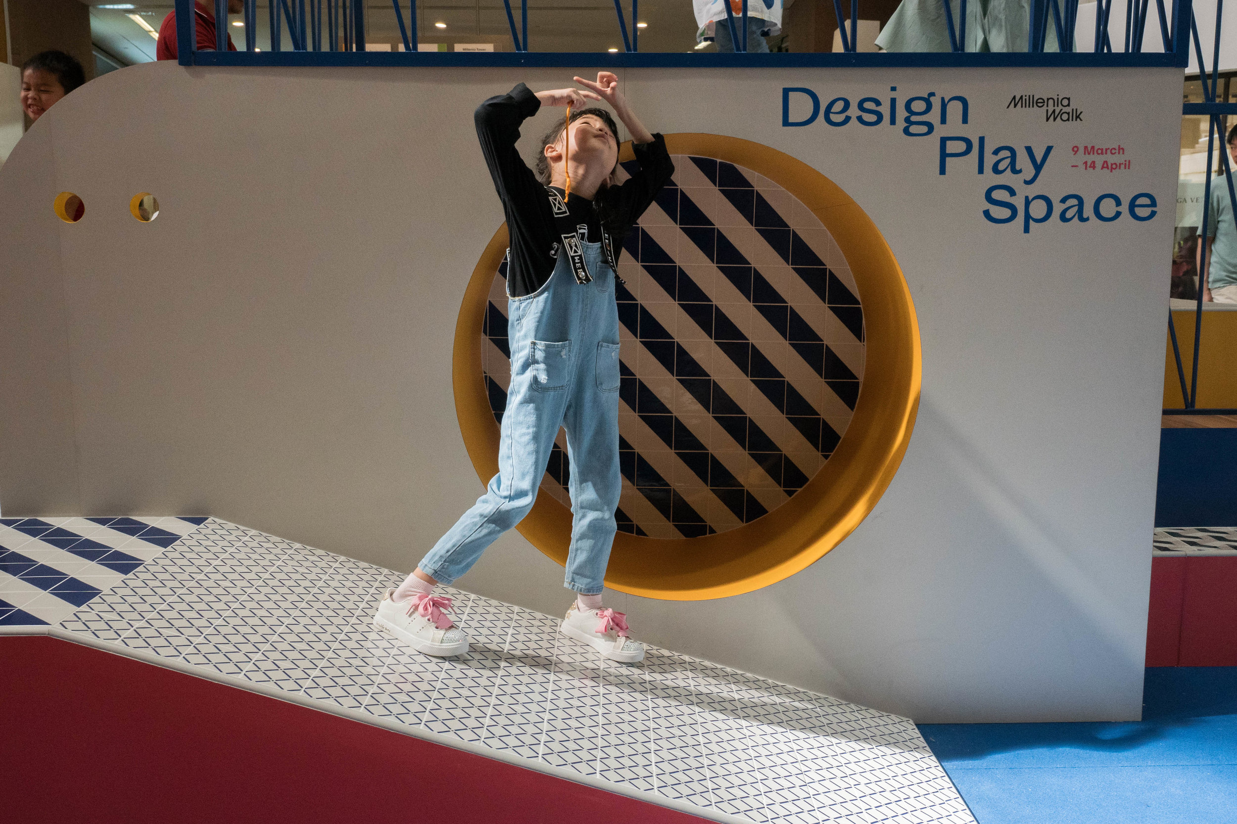 outeredit - millenia walk design play space - girl