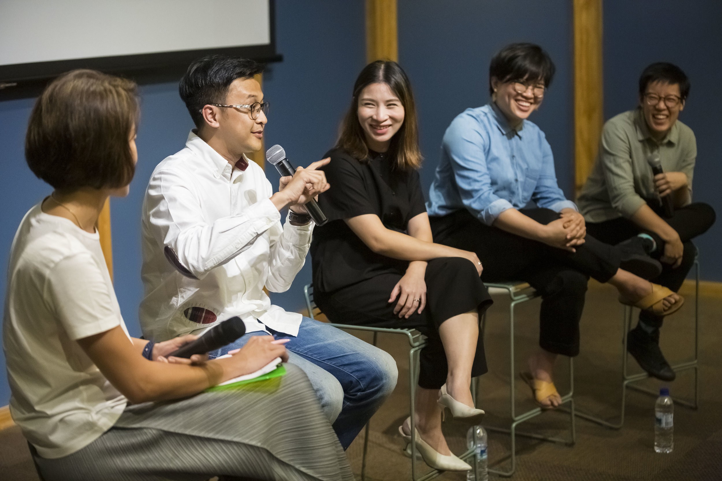 L-R: Jacqueline Chang (moderator); Mas Shafreen of Band of Doodlers; Rebecca Ting of Beyond the Vines; and Jackie Goh and Nat Kwee of 8EyedSpud speaking on starting out as a creative in Singapore