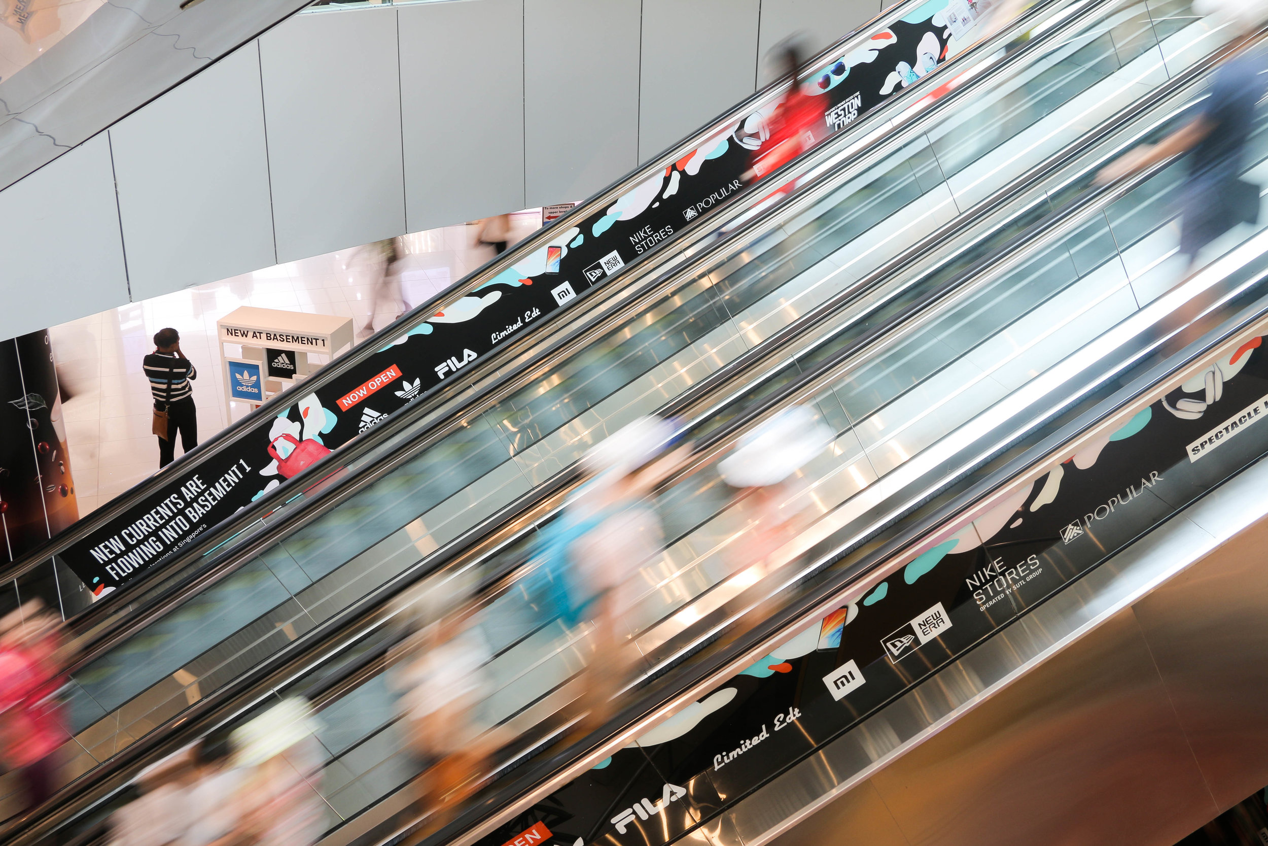 outeredit vivocity escalators