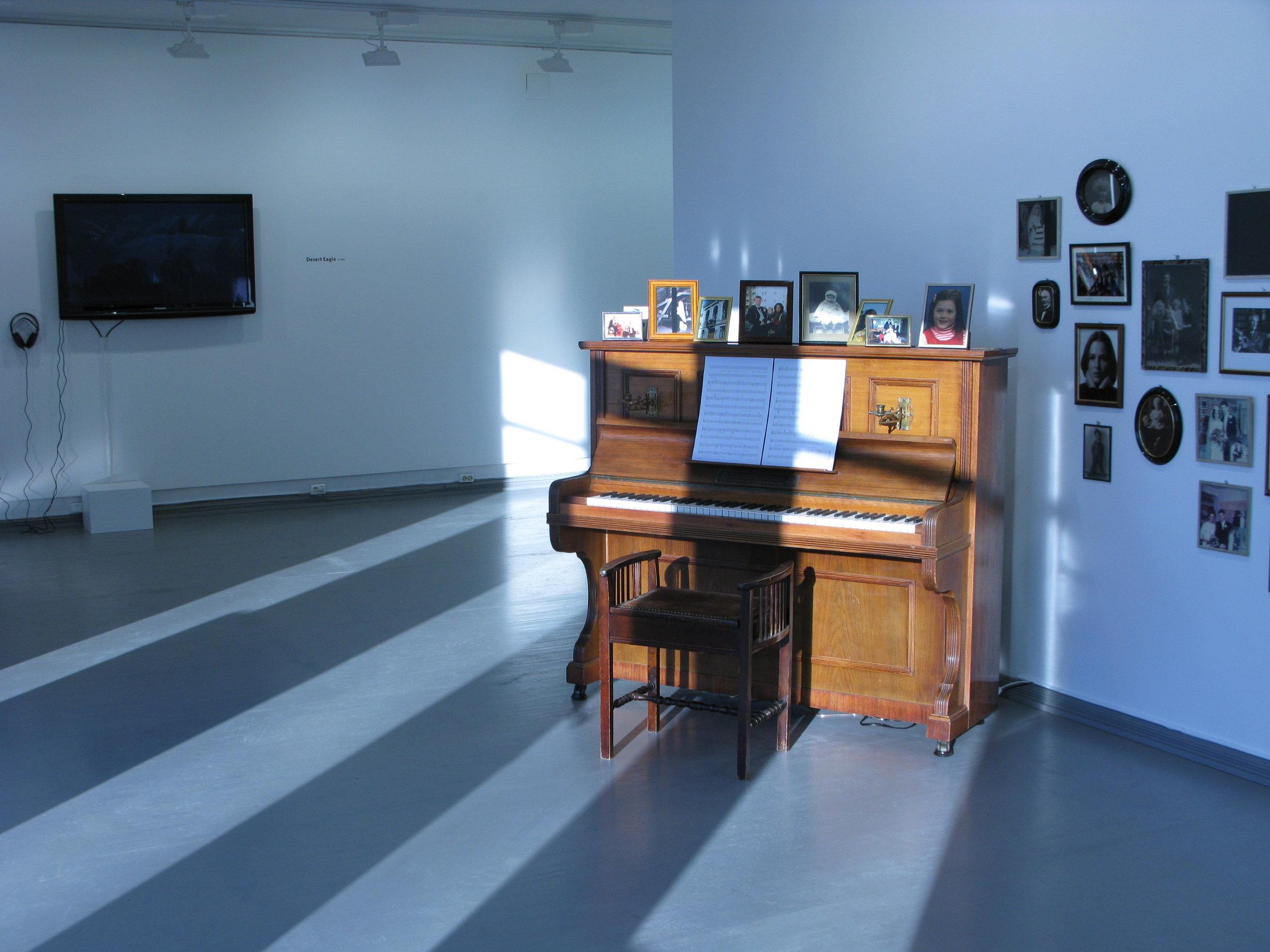 Piano (2008)