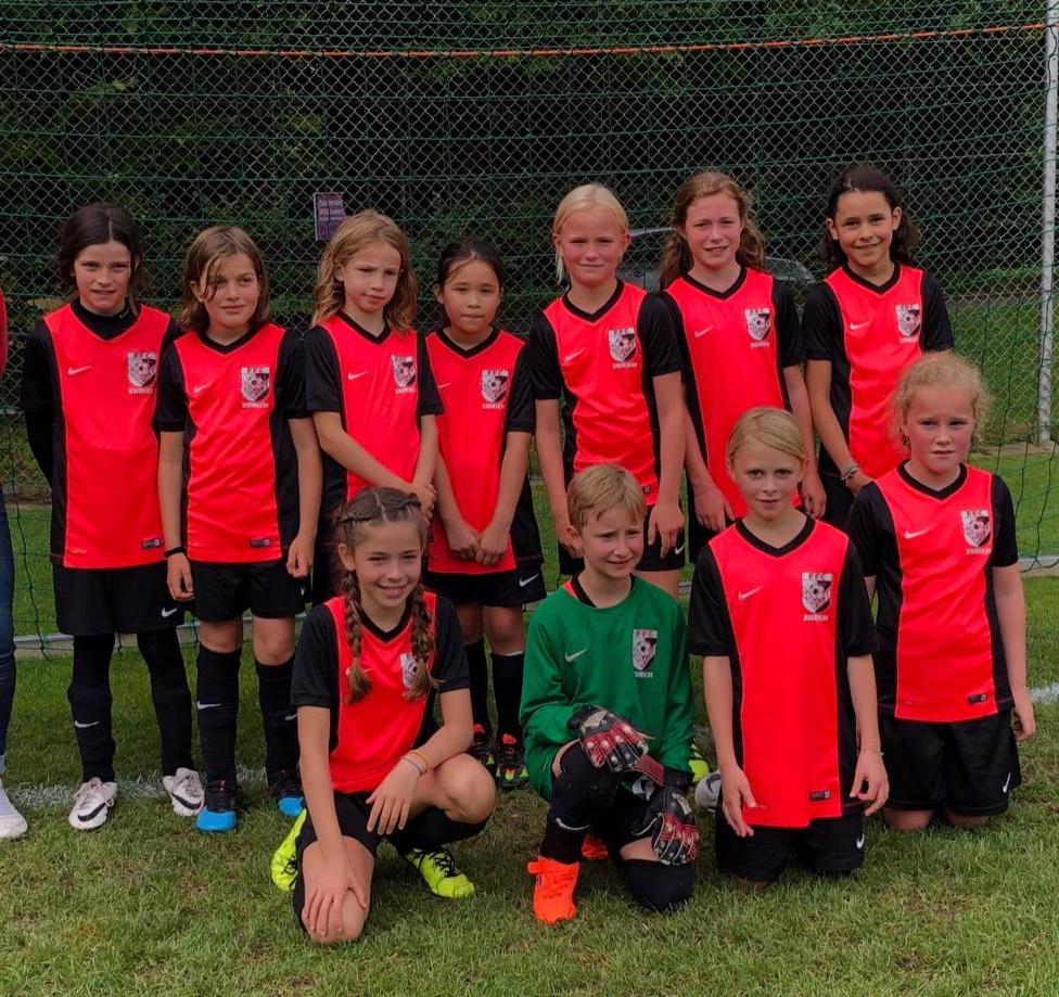 FFC Südost Juniorinnen E - Ella und Celine fehlen auf dem Bild.