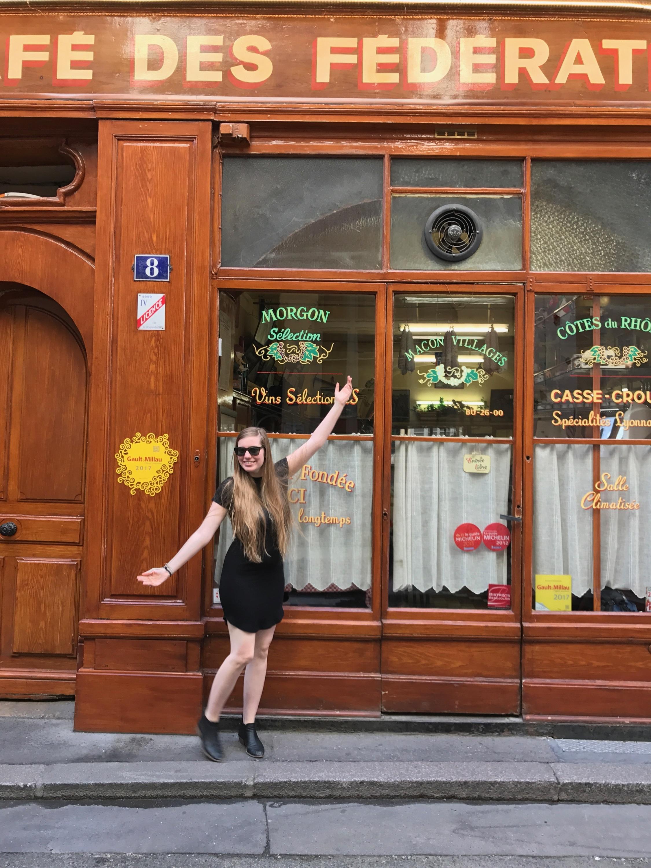 Cafe des Federations in Lyon, France.JPG