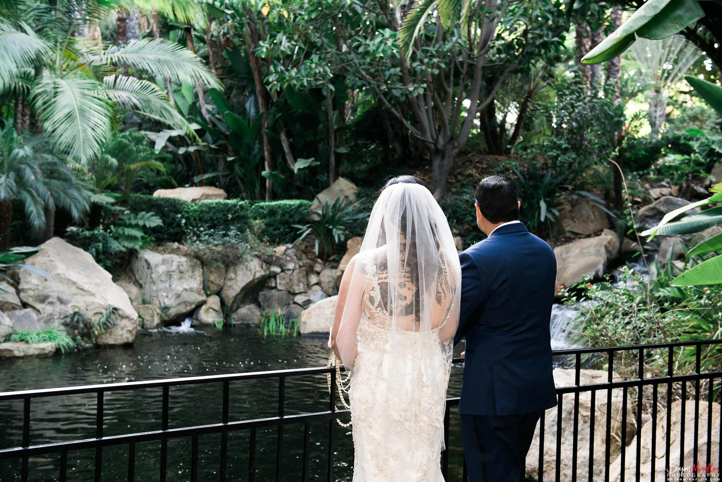 Bryan-Miraflor-Photography-Hannah-Jonathan-Married-Grand-Traditions-Estate-Gardens-Fallbrook-20171222-001.jpg