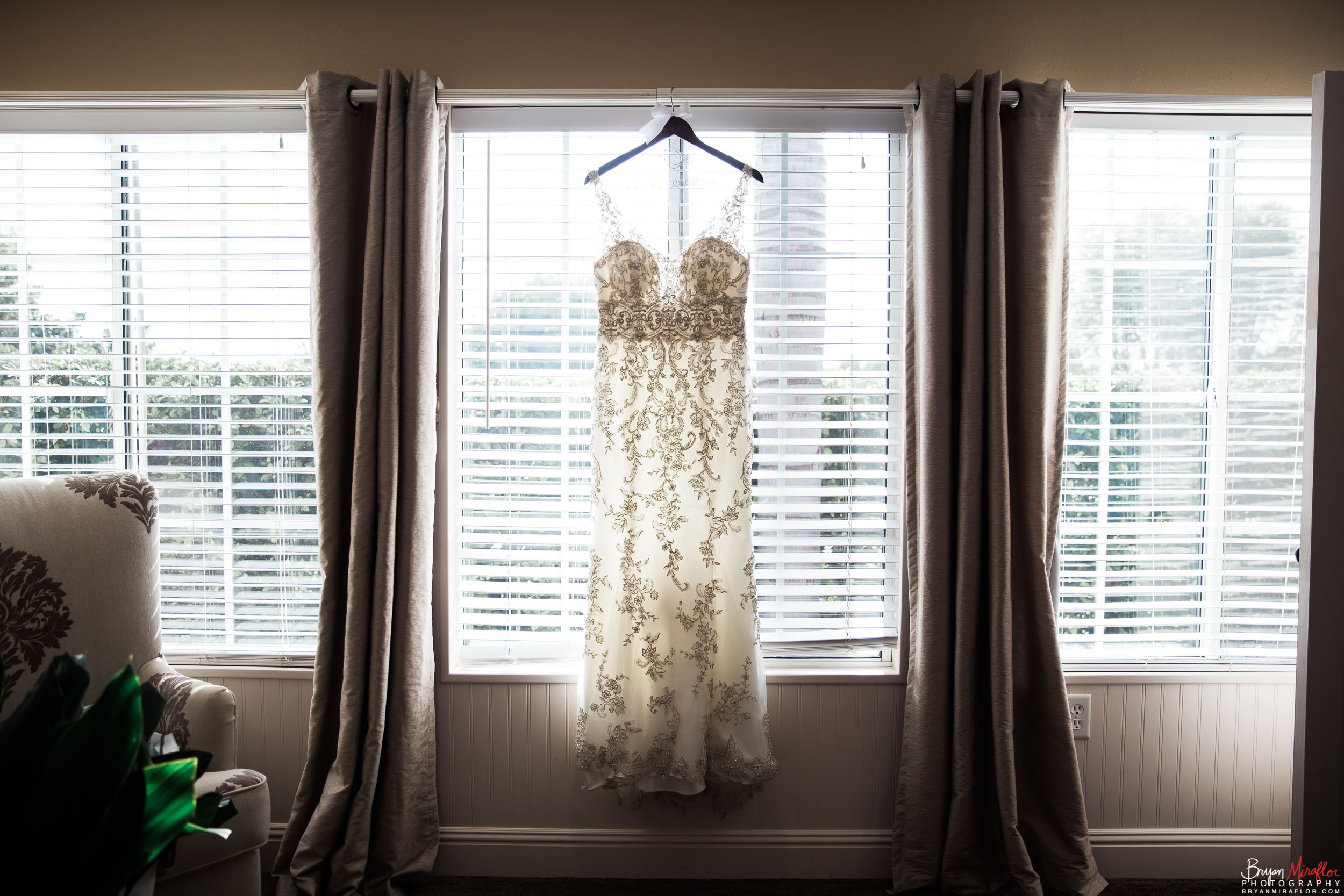 Bryan-Miraflor-Photography-Hannah-Jonathan-Married-Grand-Traditions-Estate-Gardens-Fallbrook-20171222-018.jpg