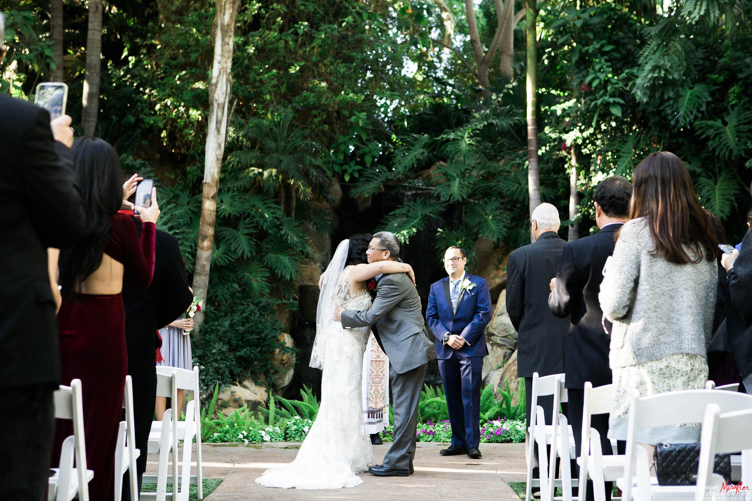 Bryan-Miraflor-Photography-Hannah-Jonathan-Married-Grand-Traditions-Estate-Gardens-Fallbrook-20171222-094.jpg